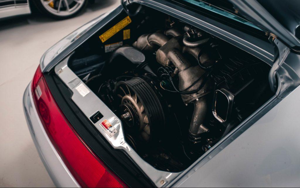 Porsche 993 Engine in car storage